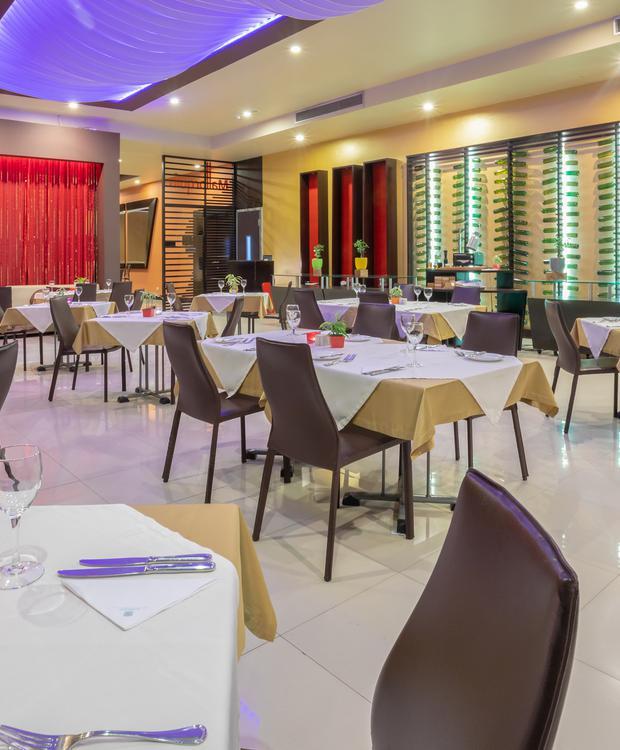 Restaurant Mallorquín Sonesta Hotel Barranquilla  Barranquilla