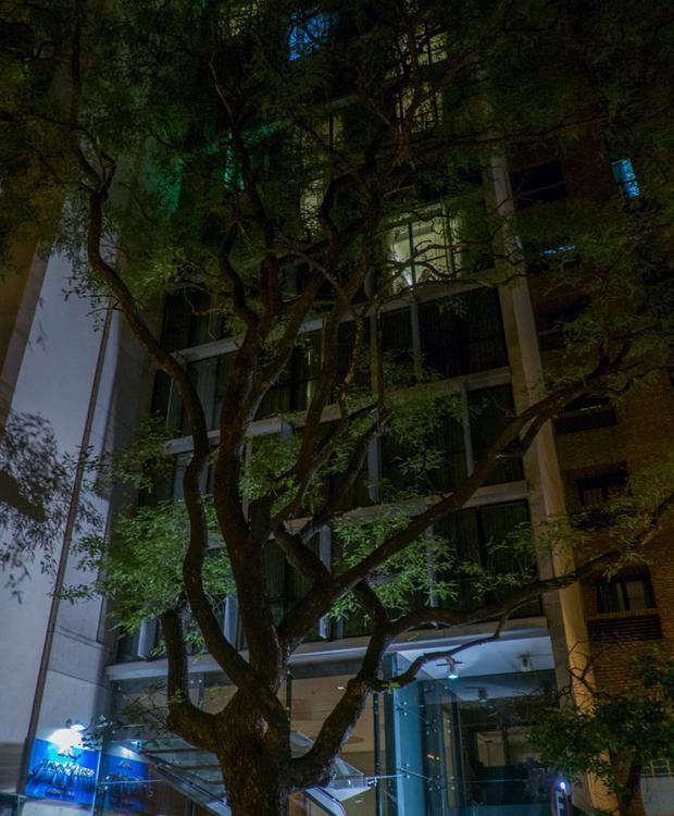 Situé au coeur de la ville de Córdoba. Howard Johnson Hotel & Suites Córdoba