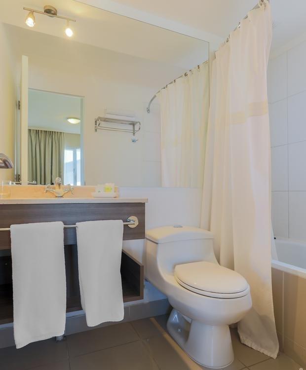 Toilet Hotel Geotel Calama Calama