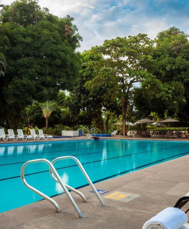 Piscine GHL Relax Hôtel Club El Puente Girardot