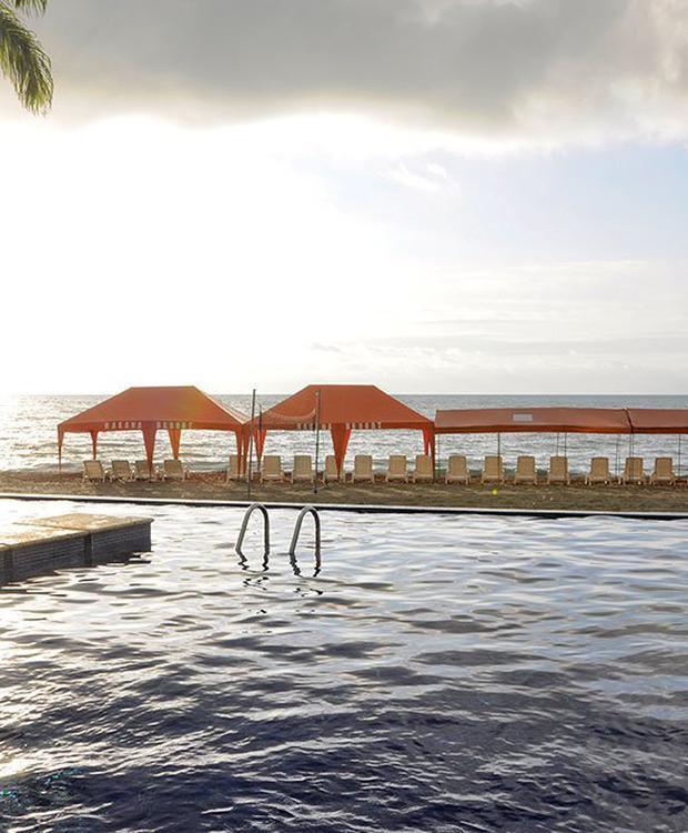 Piscine GHL Relax Hôtel Makana Resort Tonsupa