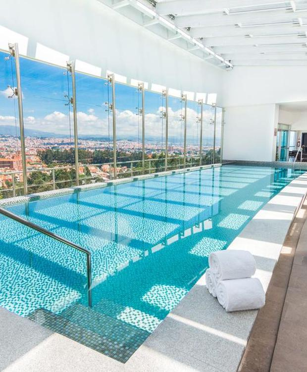 Bassin Hotel Four Points by Sheraton Cuenca Cuenca