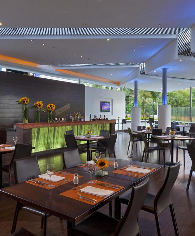 Restaurant Cooks Hôtel Four Points by Sheraton Medellín Medellín