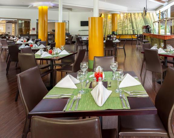 RESTAURANT Hôtel Four Points by Sheraton Medellín Medellín