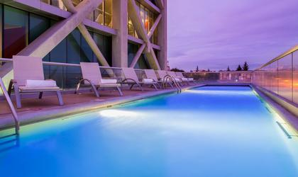 Piscine hôtel four points by sheraton los angeles