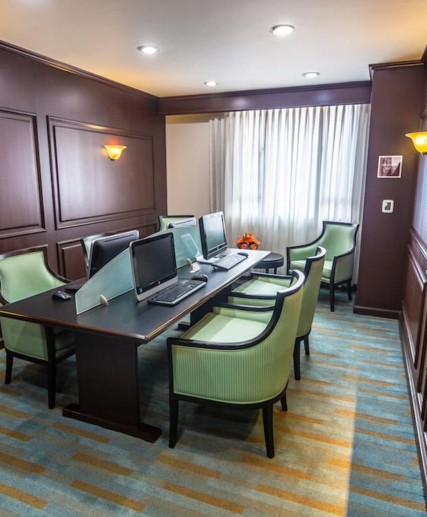 Business corner Hôtel Four Points by Sheraton Cali Cali
