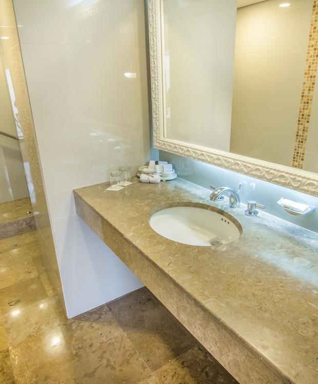 Salle de bains Junior Suite GHL Hotel Hamilton Hôtel GHL Collection Hamilton Bogota