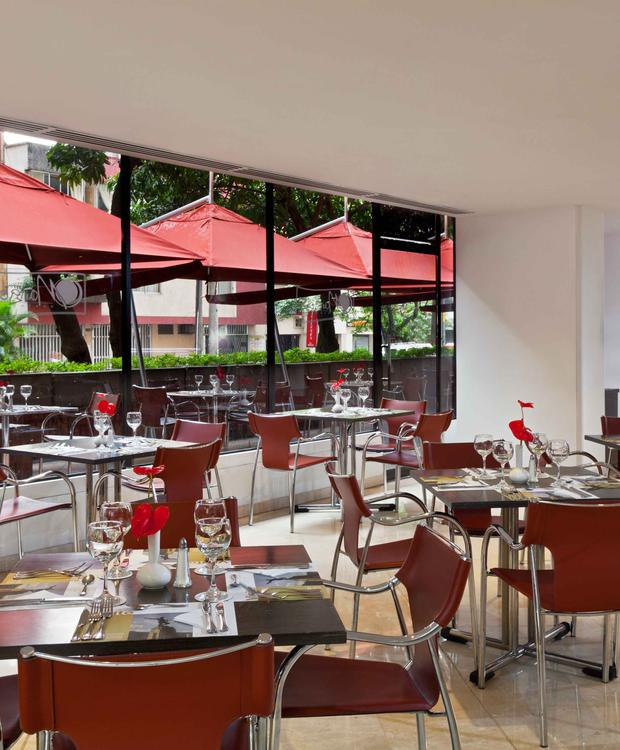 Restaurant Hôtel Four Points by Sheraton Cali Cali
