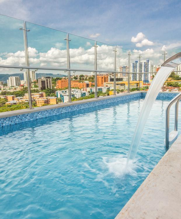 Piscine Sonesta Hotel Bucaramanga  Bucaramanga